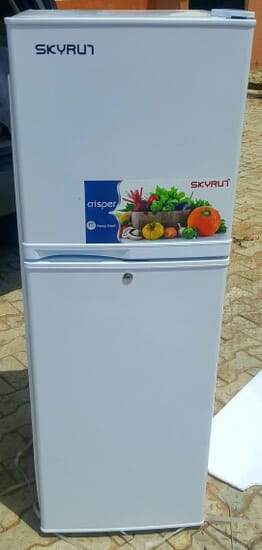 Skyrun 138L Double Door Fridge (White)