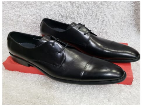 Cap-toe Men's Derby Lace-up Shoe + A Free Happy Socks