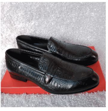 Black Designed Loafer Shoe + A Free Happy Socks