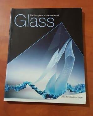 CONTEMPORARY INTERNATIONAL GLASS.