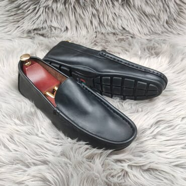 Black Slip-on leather Penny Loafers