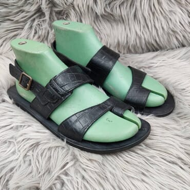 Hand Made Black Leather Sandal.