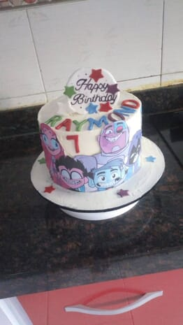 Teekays 8inch Teen Titans cake