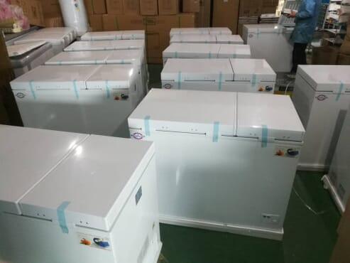 Solar deep freezer