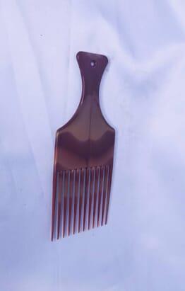 Straight long comb