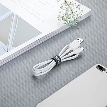 Anker PowerLine II Dura Lightning Cable (3ft) with over 12,000 bends lifespan