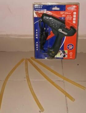 Nyleo Electric glue gun with wax