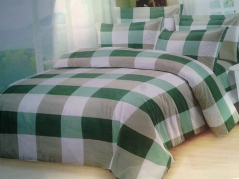 Classy Bedsheet with Duvet and 4 Pillow Cases