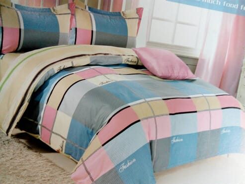Checkered Fashion Bed sheet with Duvet and 2 Pillow Cases