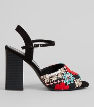 New Look Embroidered Block Heel Sandals