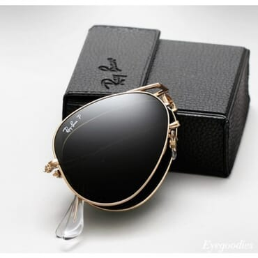 RAY BAN, FOLDABLE BLACK AVIATORS, WITH GOLD RIM