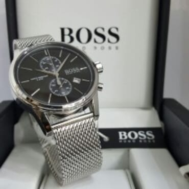 Boss Wristwatch with a quartz movement and central second hand,Chain Wristwatch,