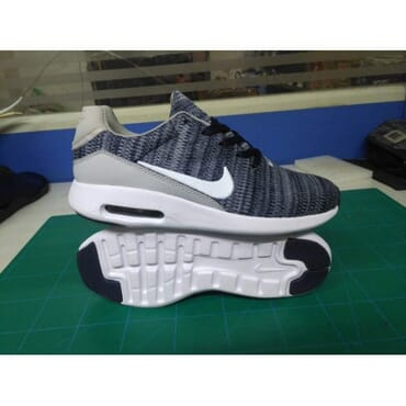Nike Mens Training Sneakers