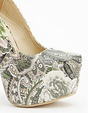 Sergio Todzi Paisley Print Platform Heels- Green
