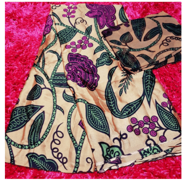 Fashion Silk Fabric with Flowery Design