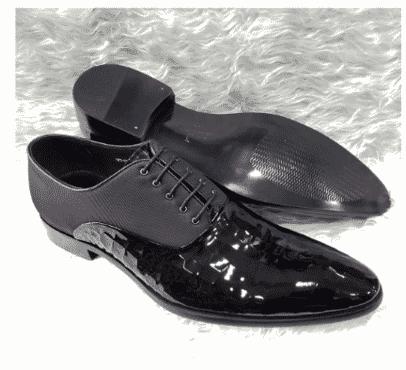 Italian Men's Patent Leather Oxford Shoe + A Free Happy Socks