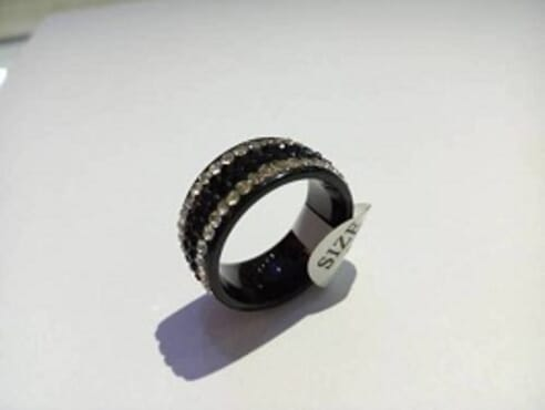 BLACK MEN RING WITH STONE (SIZE 2)