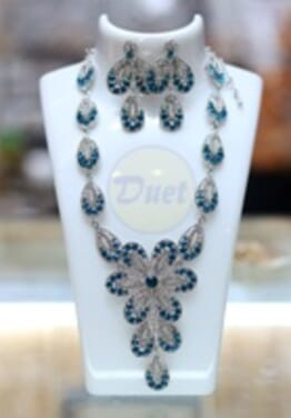 SILVER BLUE COLORED STONE SET