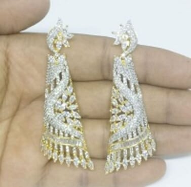 003 SILVER LUXURY STONE EARRING