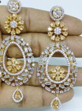 006 GOLD LUXURY STONE EARRING