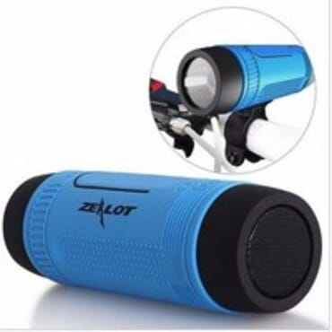 Zealot Zealot - S1 Bluetooth Mp3 Player MicroSD Card Slot AUX Input Fm Radio & Built In Flashlight